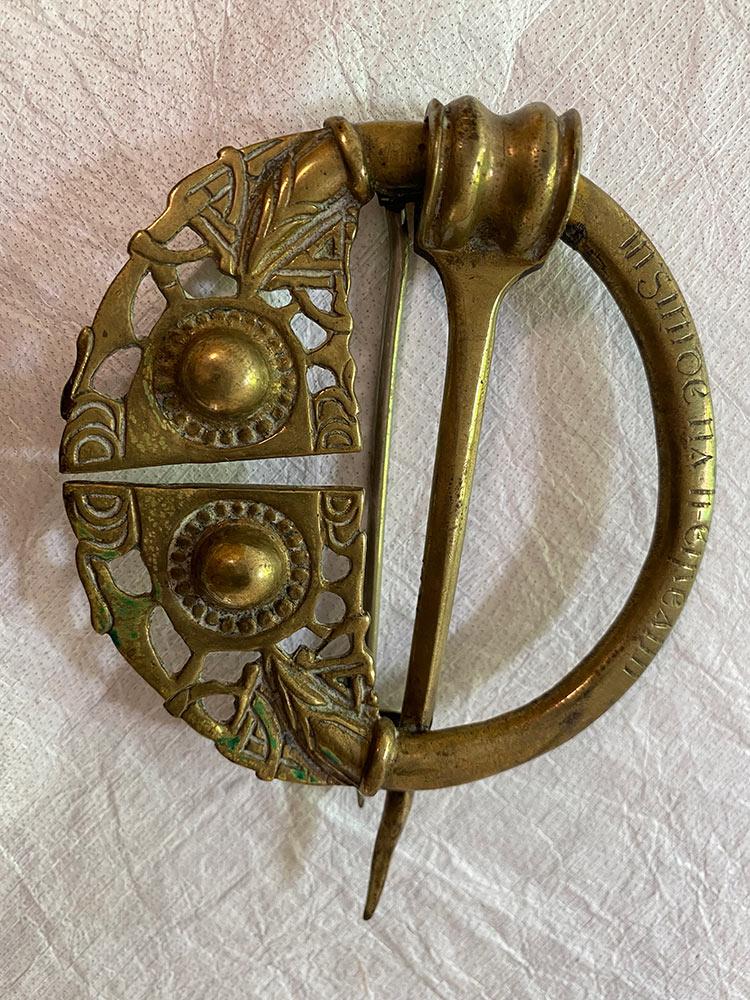 Countess Markievicz's Inghinidhe na hÉireann badge